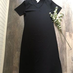 Exclusively Misook | Black Knit Midi Dress